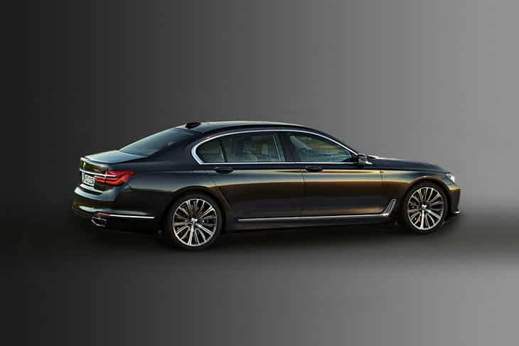 BMW 7 Series Car Rental Dubai
