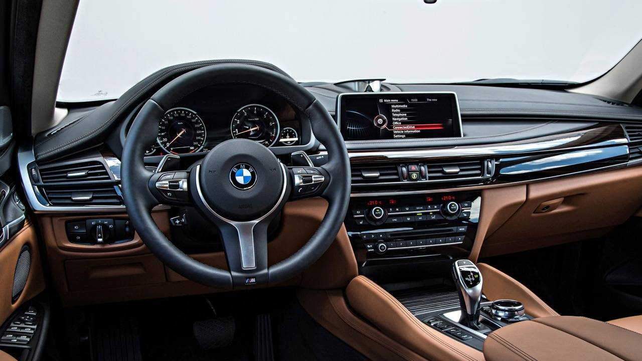 BMW X6 SUV Car Rental Dubai