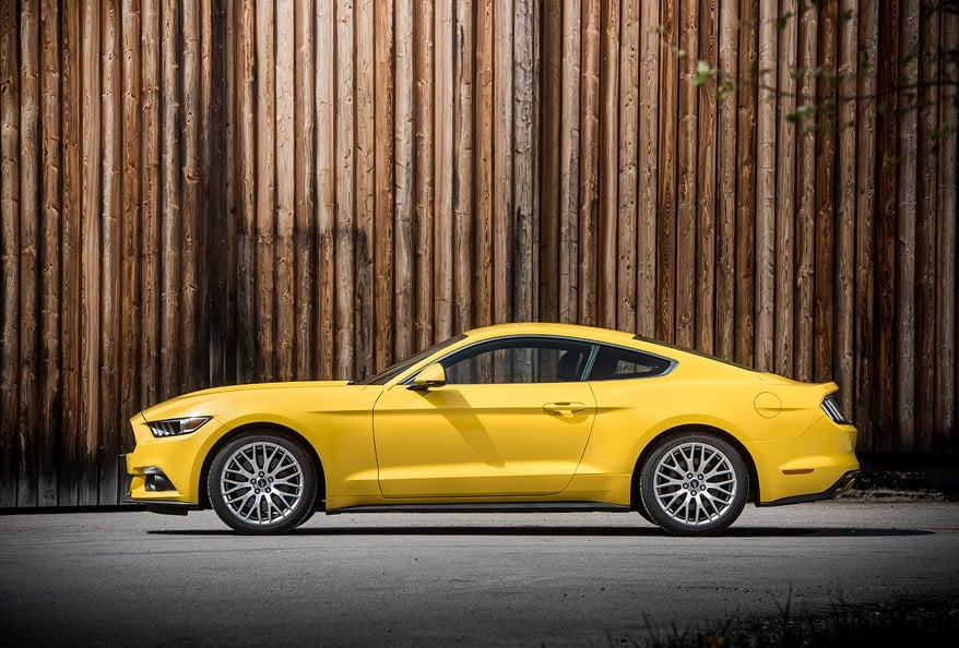 Ford Mustang Rent a Car Dubai
