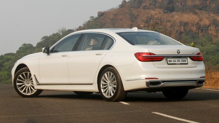 BMW 740Li Car Rental in Dubai